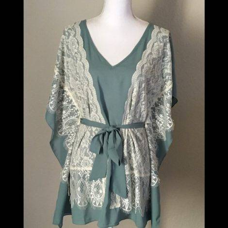 Poshmark @Coco Shops New Ryu Kimono Sleeves Tunic Top
