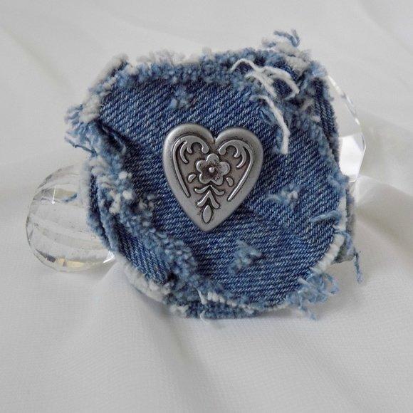 Gwen Poshmark Reckless Resale Romance Pink Vintage Collection Artisan Made Distressed Denim Lapel Heart Pin