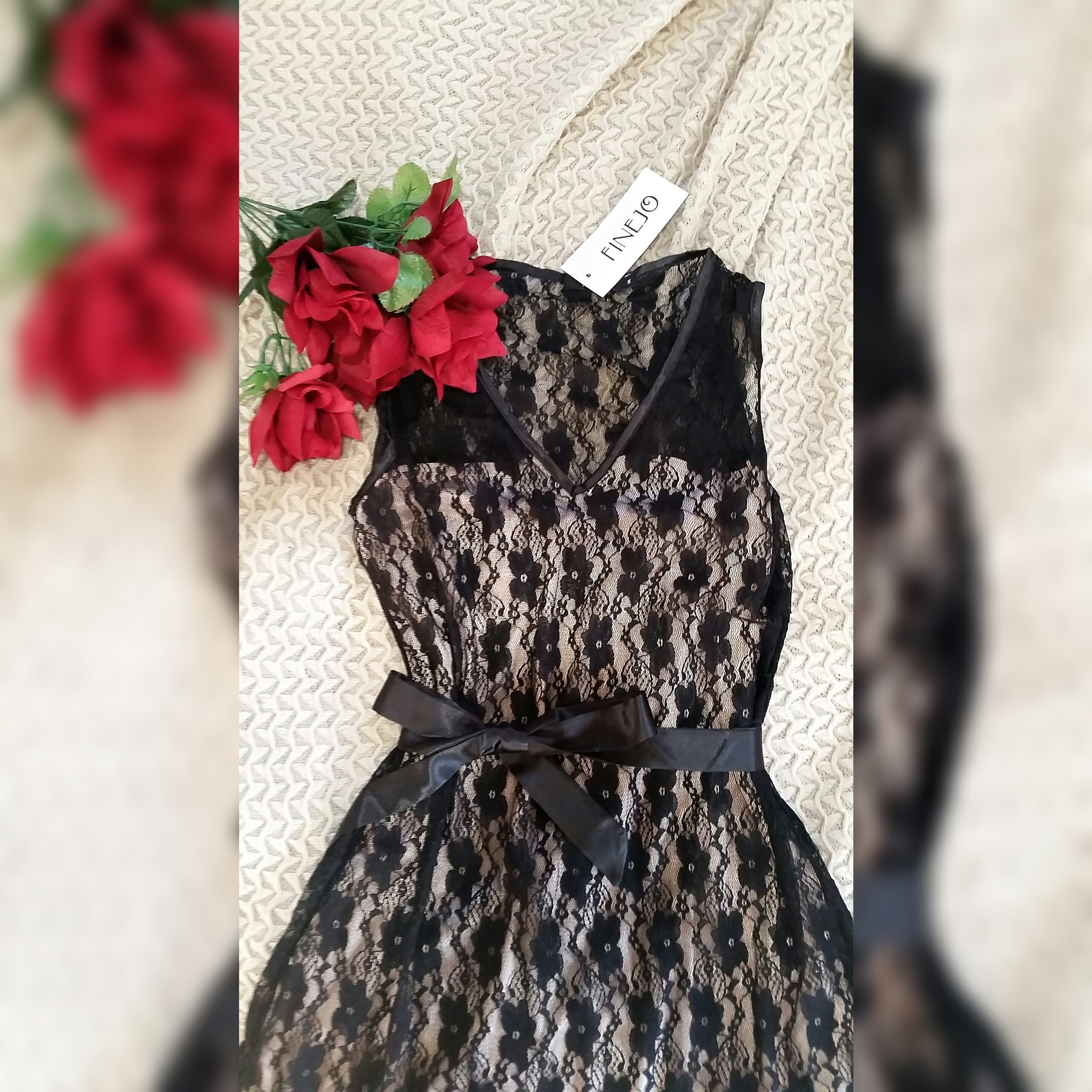 Silk and Lace Overlay Dress Blurred Square Fit
