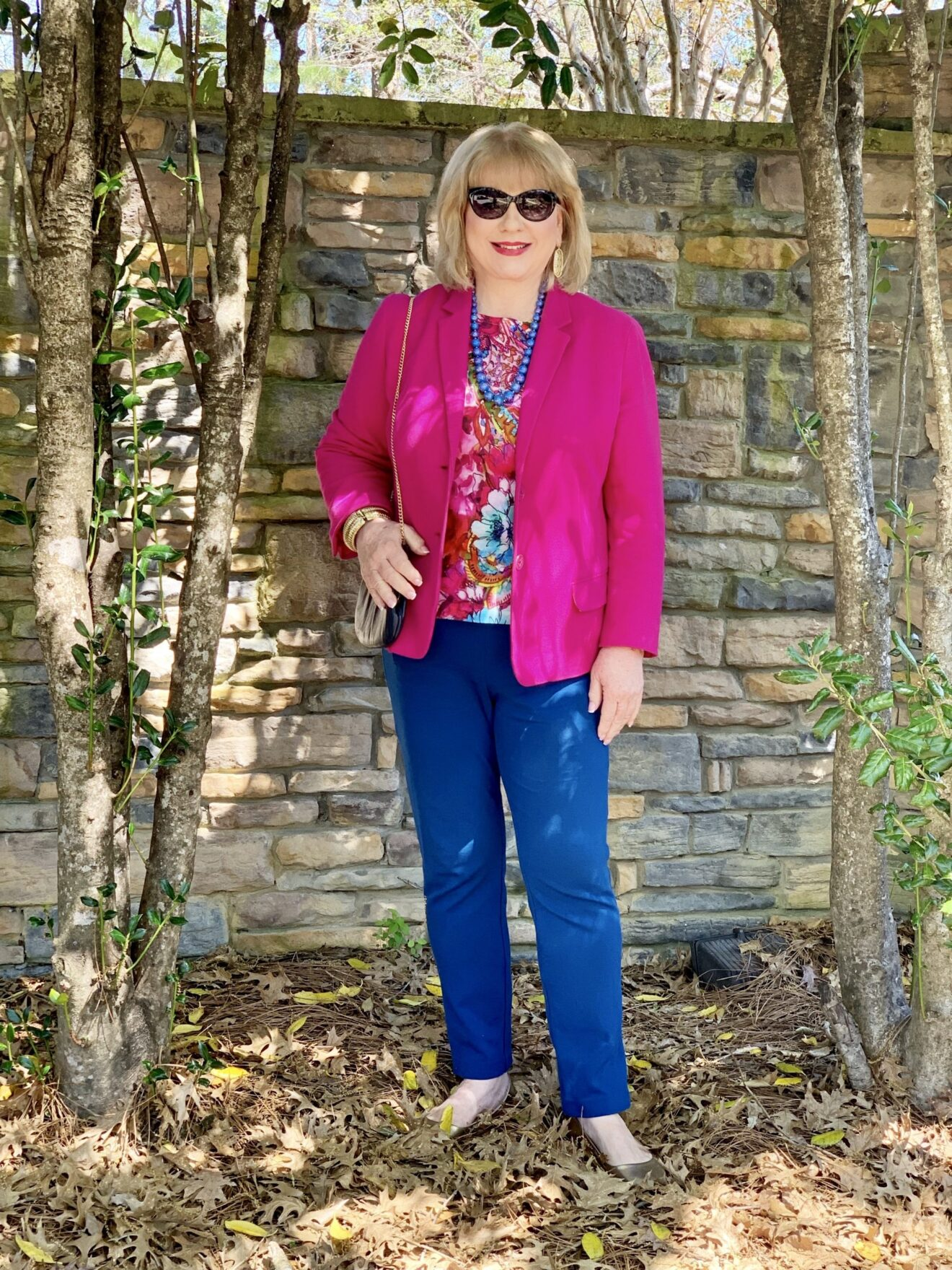 Style Story Interview Classy Colorful Confidence @StyleShennanigans Shannon Holmes Fashion Over 50 60 Confident Bright Multi Color Floral Outfit Story Behind The Cloth scaled