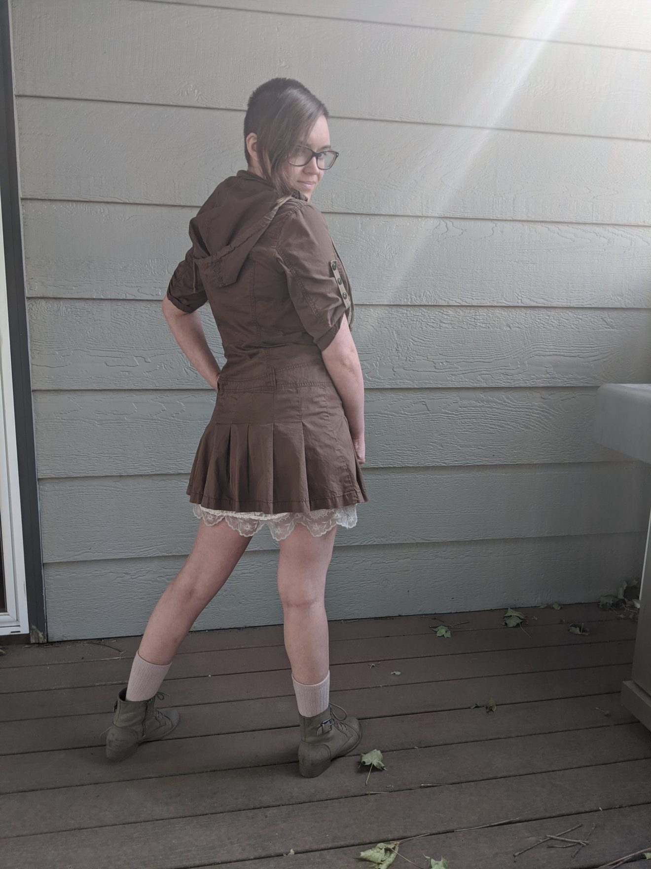 Trailblazing Alissa Ackerman Story Behind The Cloth fashion blog vintage antique adventurous outfit 12 scaled