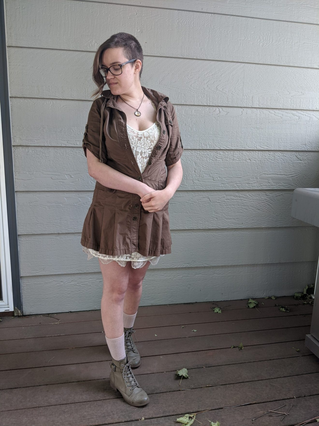 Trailblazing Alissa Ackerman Story Behind The Cloth fashion blog vintage antique adventurous outfit 8 scaled